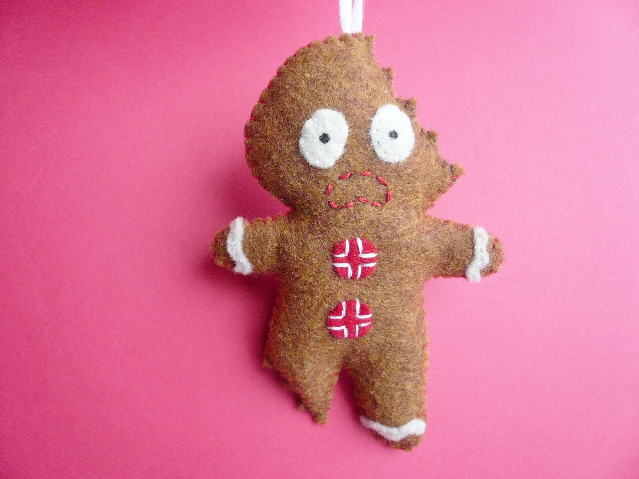 Felt Christmas Ornament Terrifed Gingerbread Man On Luulla
